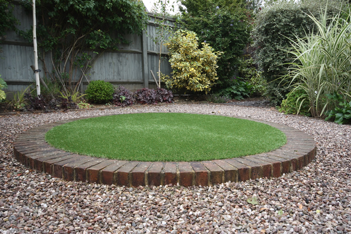 Artificial Grass Lawns And Turf By Carrick 187 Circular